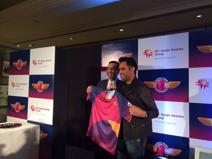 Mahendra Singh Dhoni, Member Team India, biker, gamer, Hindi retro aficionado & an absolute pet-lover.