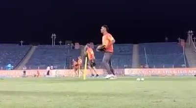 It's always fun to train with the boys. A clip from one of the training sessions.
